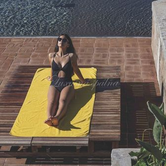 Luxusní plážový ručník  BEE WAFFLE, 550gr GRACCIOZA